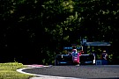 GP3 Jack Aitken domina Gara 1 a Budapest, Russell subito k.o.