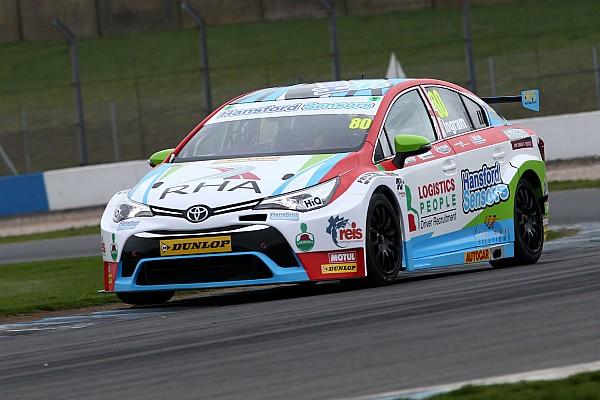 BTCC Ingram leads Toyota 1-2 in Donington BTCC test