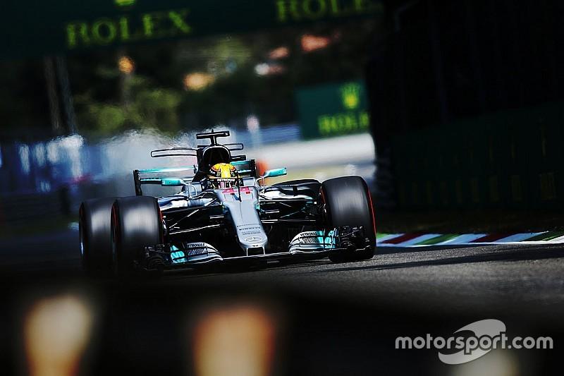 Hamilton a Pirellivel tesztel csütörtökön