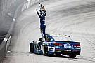 NASCAR Cup Джонсон выиграл вторую гонку NASCAR подряд