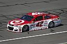 NASCAR Cup Kyle Larson centra la pole a Fontana