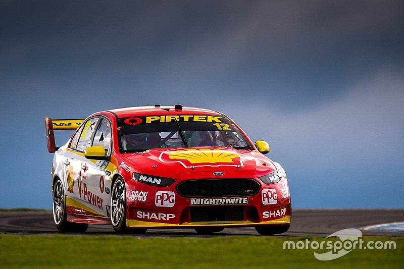 Island Supercars Coulthard Wins Bizarre Opening Race