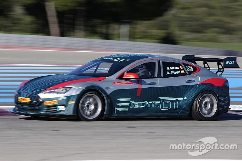 FIA ухвалила проведення чемпіонату на машинах Tesla