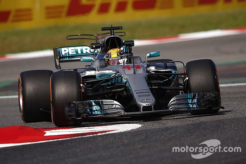西班牙大奖赛FP1:梅赛德斯占据前二,汉密尔顿居首