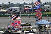 NASCAR, tüm pistlerde Konfederasyon bayrağı kullanımını yasakladı