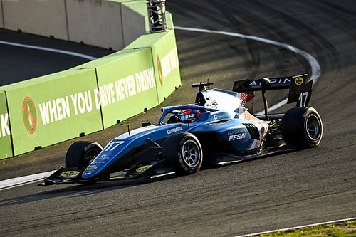 F3 Zandvoort: Martins takes maiden win as title rivals non-score
