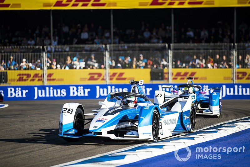 BMW duo free to race despite Marrakesh clash