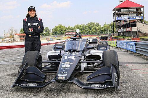 インディカーテスト初参加のタチアナ・カルデロン、A.J.フォイトの来季ドライバー候補とチーム代表が認める