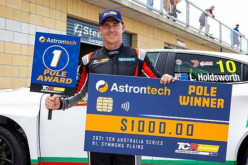 Tasmania TCR: Debut pole for Holdsworth