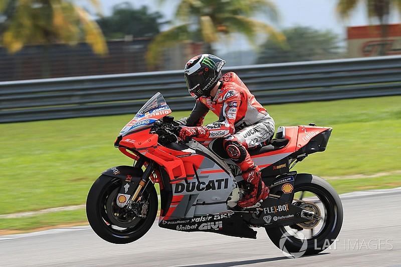 Test Sepang, Giorno 3: Lorenzo e la Ducati da record, Valentino ottavo