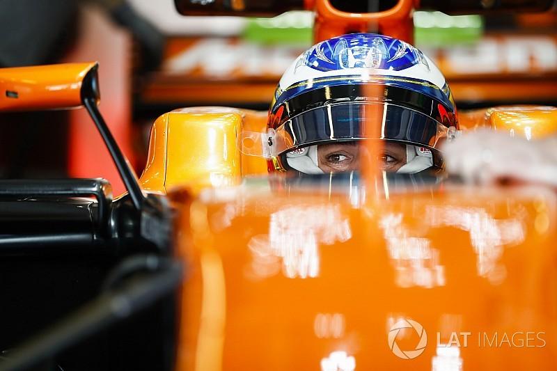 Alonso prevê McLaren lutando por pódios em 2018