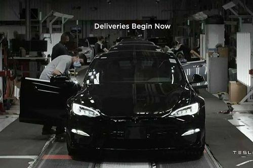 Videó: A Tesla megmutatja, hogyan gyorsul százra a Model S Plaid