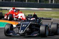 Tóth László pontot szerzett első Formula Renault-s hétvégéjén!