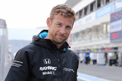 Button voor Honda in actie tijdens DTM-finale op Hockenheim