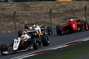 JAPANESE F3 Reporte de la carrera Difícil fin de semana para Alex Palou en Fuji