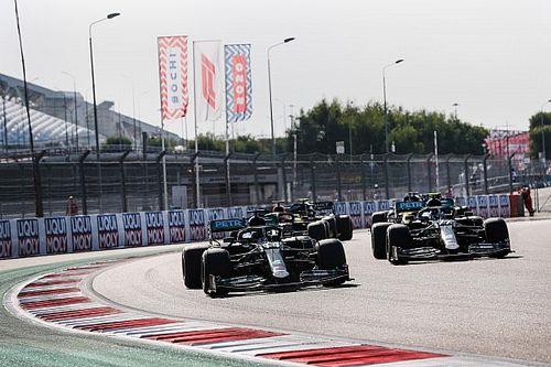 Hamilton: cambian las reglas para hacer las carreras más emocionantes