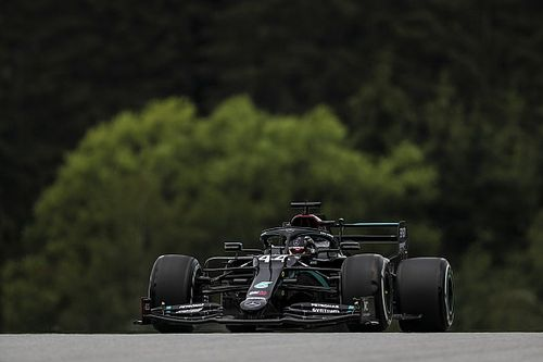 奥地利大奖赛FP1:汉密尔顿居首,梅赛德斯占据前二