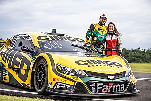 Única piloto de drift do Brasil testa Stock Car ao lado de Fraga
