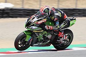 World Superbike Race report Laguna Seca WSBK: Rea outduels Davies for victory