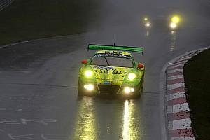 Porsche bate a Mercedes en las 24 horas de Nurburgring