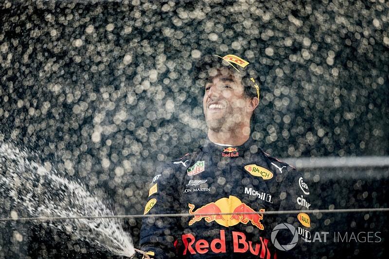Ricciardo: Belirleyici hamleler galibiyeti getirdi