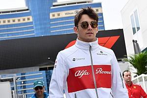 """Leclerc admite que achou a F1 """"intimidadora"""""""