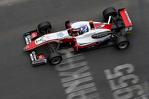 Евро Ф3 Отчет о гонке Арон выиграл третью гонку Ф3 в По под дождем