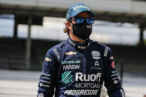 来季復帰のアロンソ、ポストシーズンテストに参加?「彼は走りたがっている」とルノー
