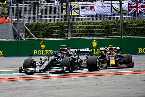 How F1's development battle has swung between Mercedes and Red Bull