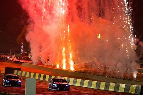 Supercars Putuskan Tunda Sydney SuperNight