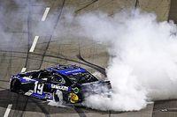 NASCAR Martinsville: Martin Truex Jr. bezwingt Penske-Trio