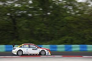 WTCC Reporte de calificación Guerrieri clasificó tercero en Hungría