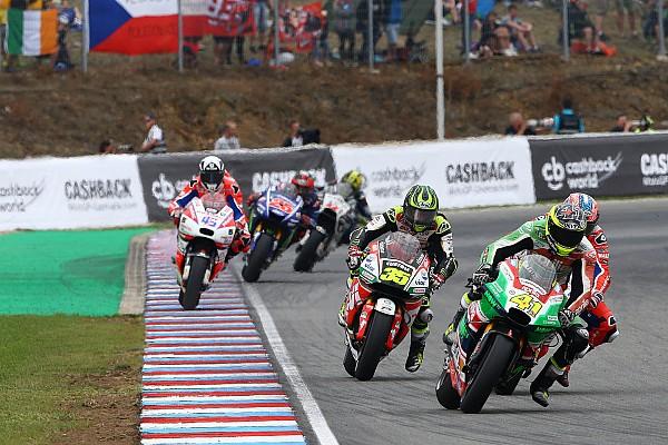 MotoGP Эспаргаро предложил изменить правила MotoGP из-за аварии Янноне
