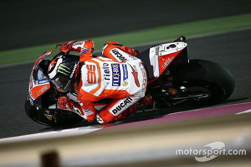 """Lorenzo: """"Ahora mismo, ni yo ni la moto podemos ganar aquí"""""""