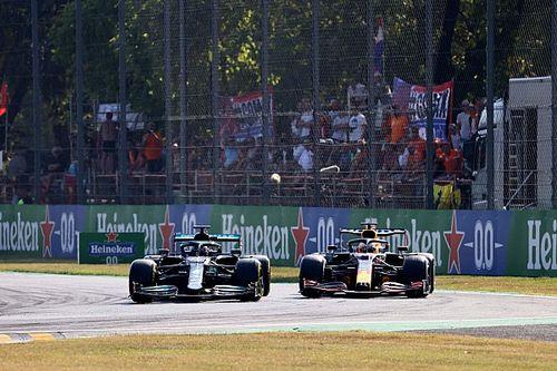"""Domenicali: """"Hamilton ve Verstappen arasındaki savaş, tüm zamanların en iyilerinden biri"""""""