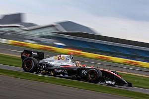 フォーミュラ・ルノー V8 3.5 速報ニュース 【フォーミュラV8 3.5】開幕戦レース1:金丸悠、体調不良乗り越え9位