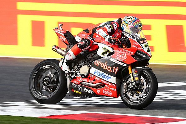 WSBK Magny-Cours: Davies zegeviert in tweede race, Van der Mark op P3