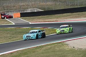 Mitjet Italian Series Qualifiche Marcucci (Piloti B) e Benedetti (Piloti A) sono i poleman del Mugello
