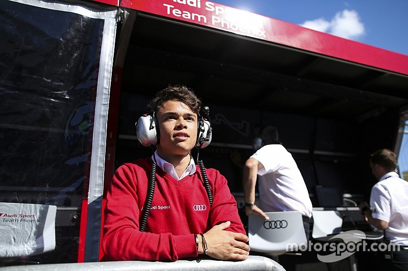 De Vries voor Audi in actie tijdens DTM-weekend op Zandvoort