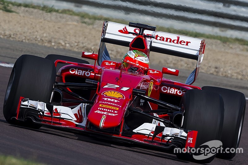 "Brundle thinks ""brutal"" F1 2017 cars will be ""a monster to drive"""