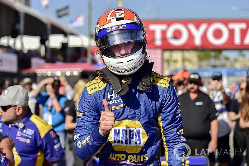Rossi é pole em Long Beach; Kanaan é 11º e Leist 14º