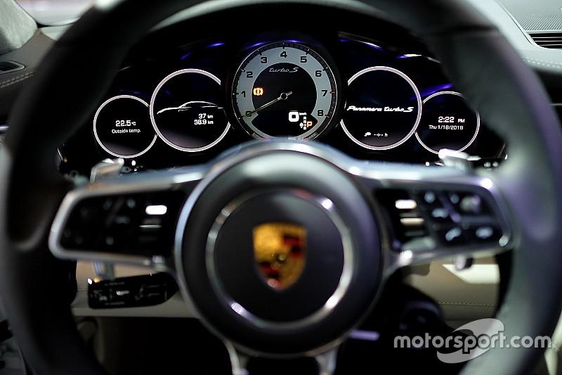 Драг-битва від Top Gear: BMW M5, Mercedes E63 S, Porsche Panamera Turbo S E-Hybrid