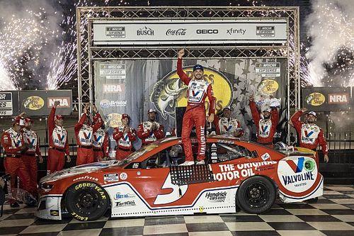 Bristol NASCAR: Larson grabs win after Elliott and Harvick tangle