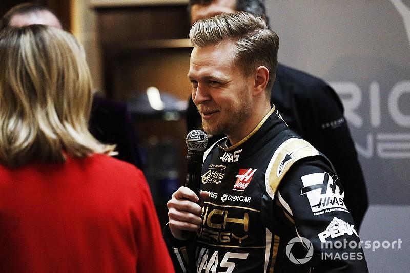 Magnussen hopes F1 changes end
