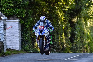 Road racing Gara TT 2017, Superstock: Hutchinson fenomenale