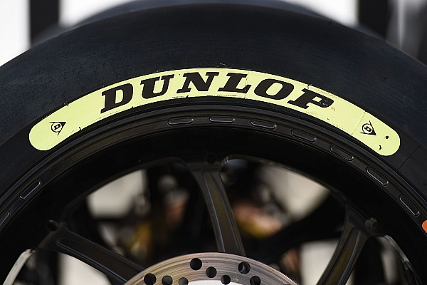 Moto2 Breaking news Dunlop kirim ban basah untuk Moto2 dan Moto3 Qatar