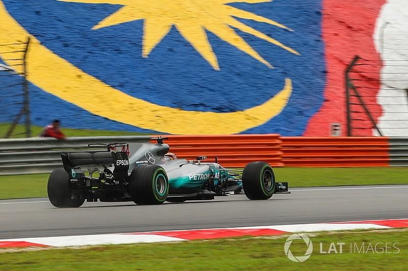 """Mercedes: La W08 est """"mal équilibrée et glisse partout"""""""