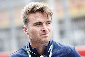 Rowland replaces Albon for final Valencia test day