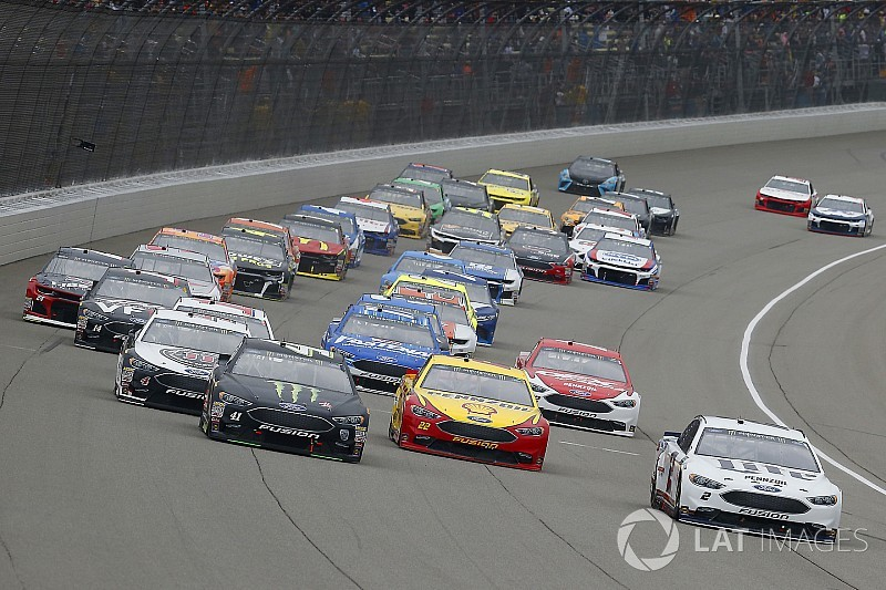Should NASCAR have a hybrid future?