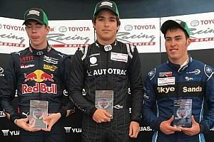 Other open wheel Relato da corrida Piquet e Verschoor vencem corridas de domingo em Teretonga